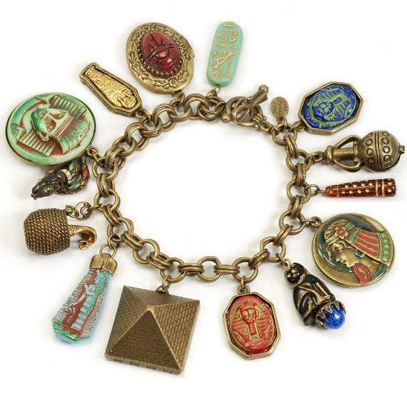 GiftJewelryShop Bronze Retro Style Egyptian Mummy Tutankhamen Round Flower Pendant Charm Necklaces