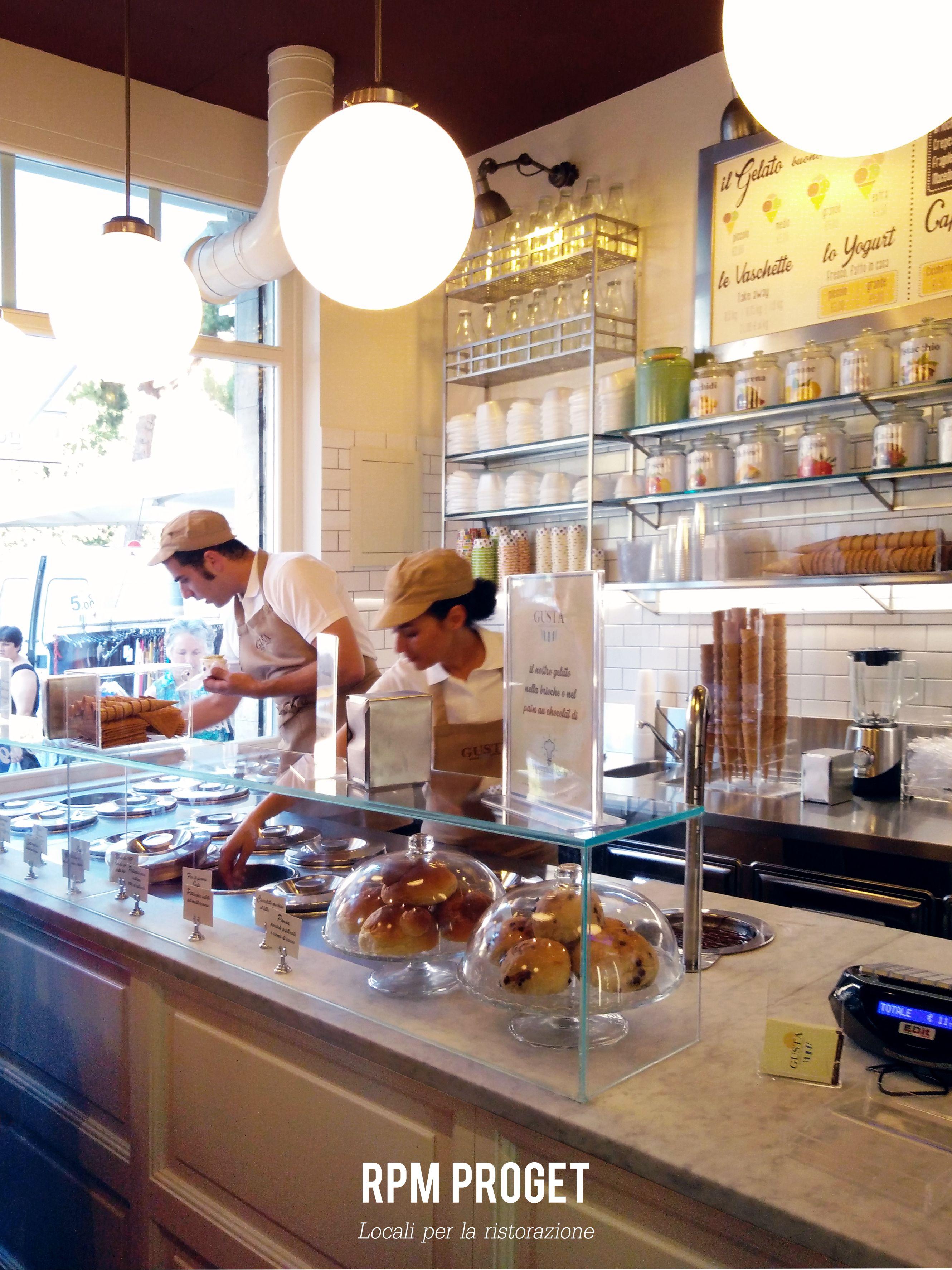 gelateria - g u s t a - buono fresco naturale piazzale enrico, Hause ideen