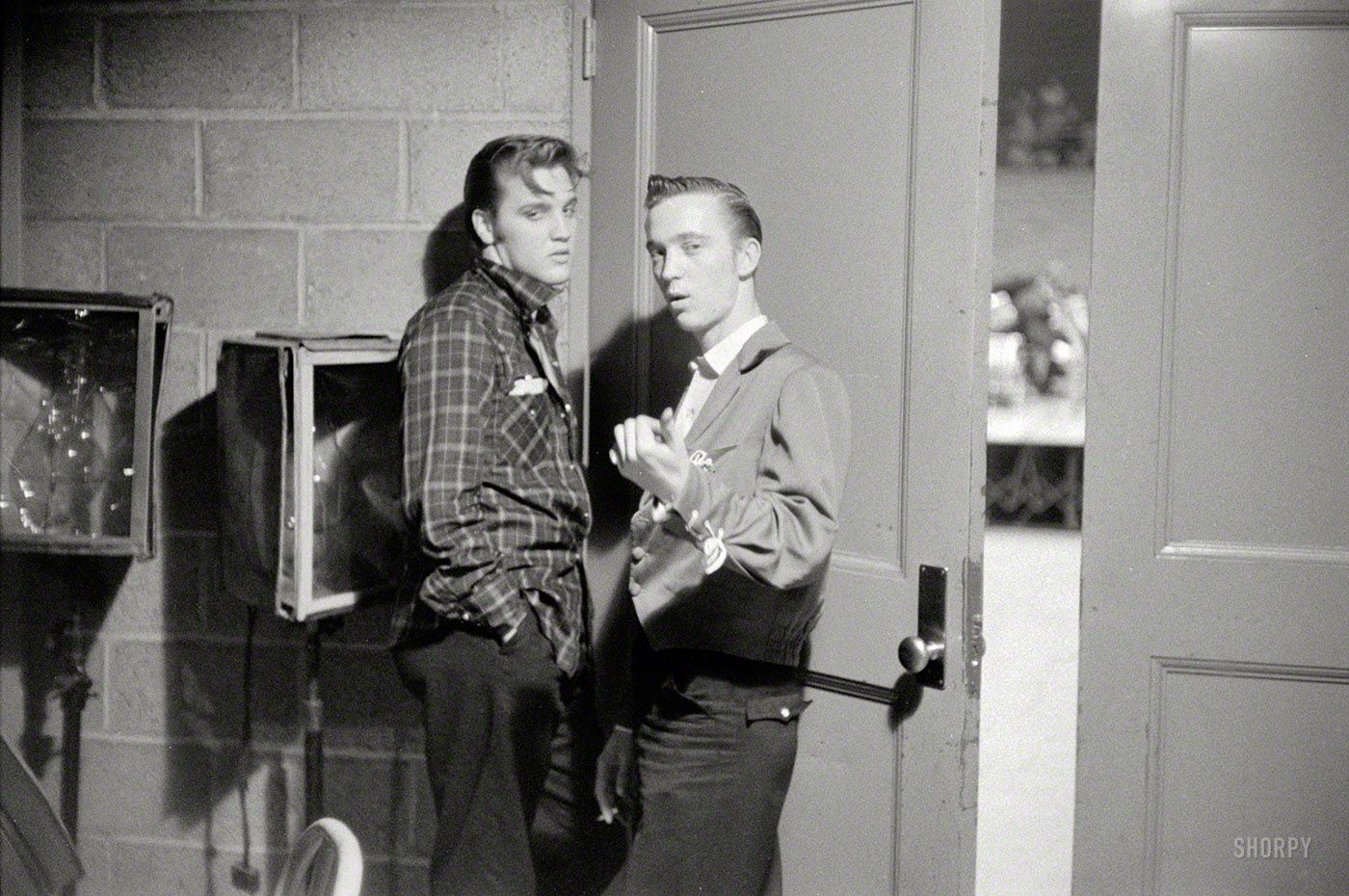 Elvis At Stage Door 1956 Elvis The King