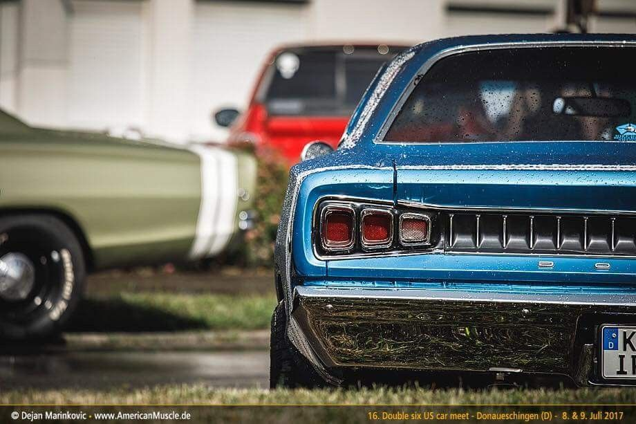 Long lost cousins. A pair of \'68 Coronet R/T\'s. | MoPars That Move ...