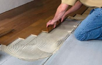 Simple Wood Floor Adhesive Advice To Help Your Glue Down Jobs Succeed Flooring Removing Carpet Hardwood Floors