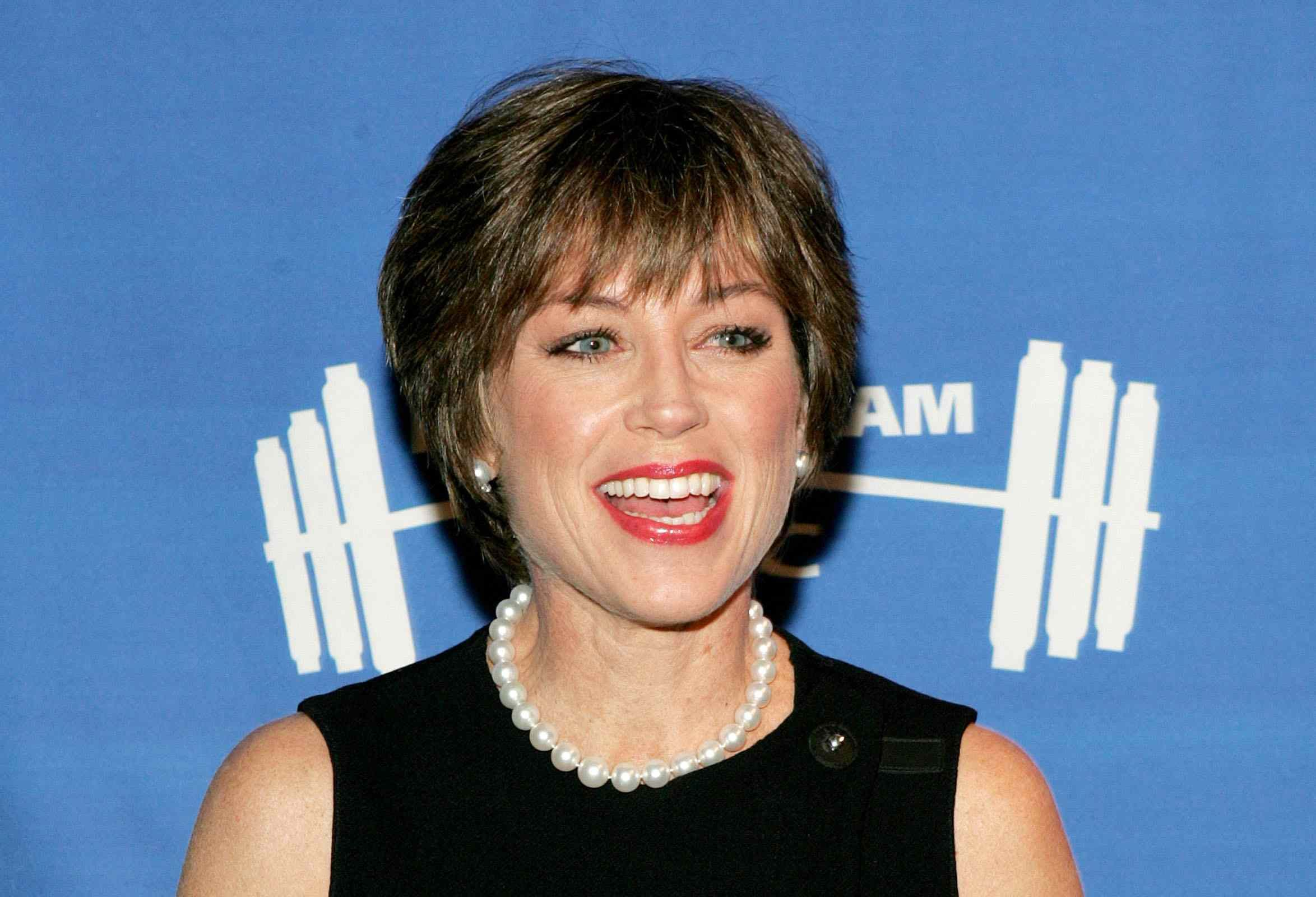 The Practical Side Of Skater Dorothy Hamill S Famous Wedge Haircut Wedge Haircut Dorothy Hamill Haircut Dorothy Hamill