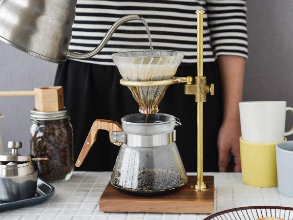 リラックスタイムに欠かせないcoffeeをみなさんはどんなふうに楽しんでいますか 1杯づつ淹れたり 家族のぶんを淹れたり 用途に合わせたこだわりの コーヒーサプライもどんどん進化しています コーヒーを楽しむコツは 道具 時間 余韻 まずは ライフ