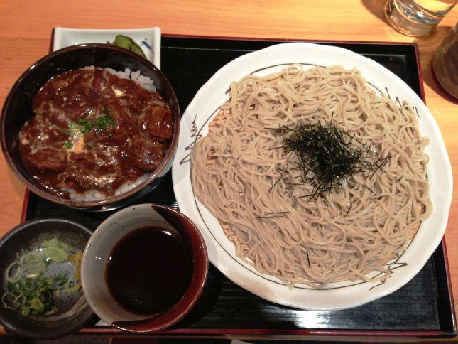 Sakagura - cold soba and hayashi beef