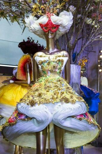 July 2015 - Guo Pei & MAC Cosmetics showcase at Haute Couture Week in Paris