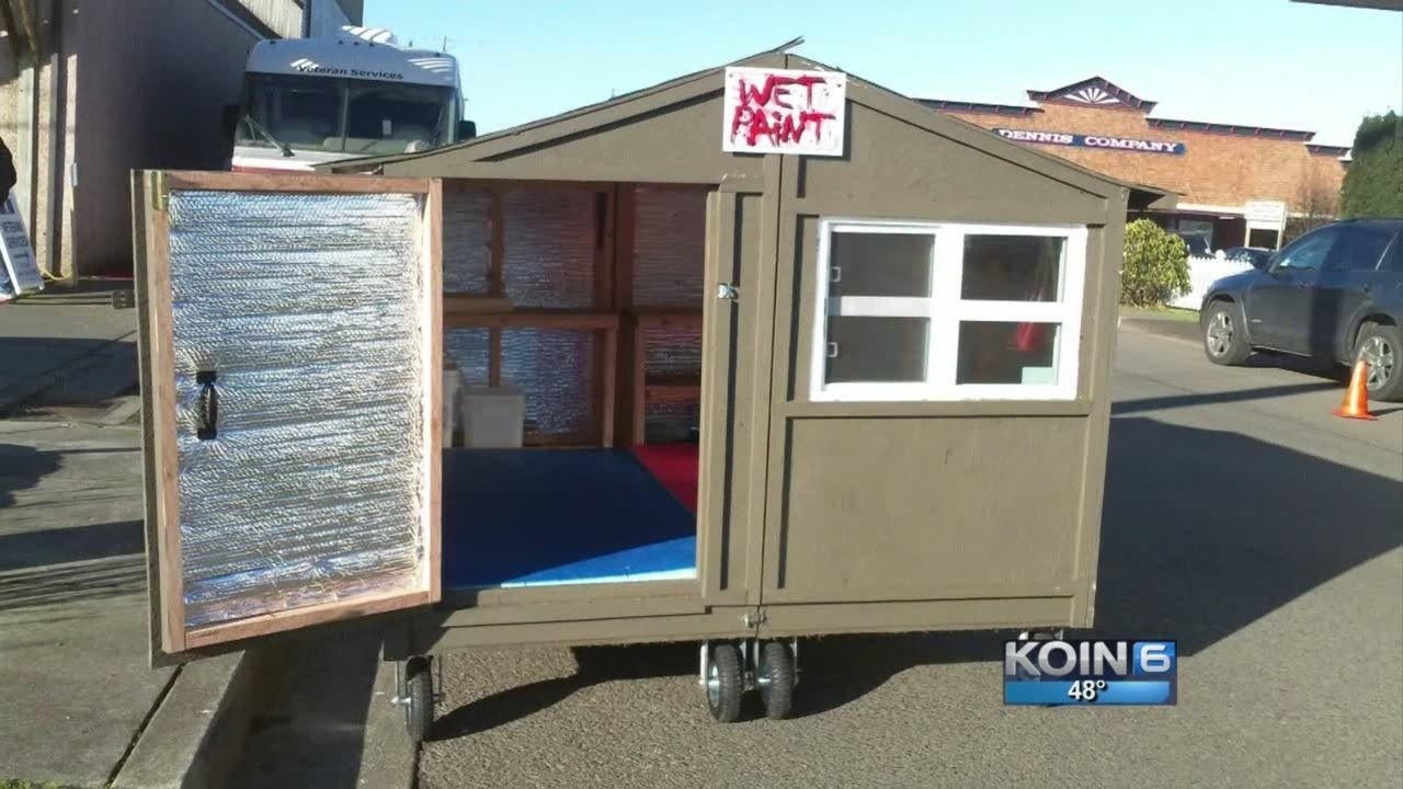 Huts For Hope Give Homeless New Digs On Wheels Homeless Housing Homeless Shelter Ideas Guest House Small