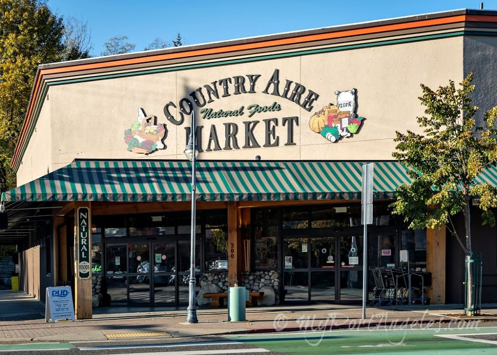 Country Aire Market, a health food market in downtown Port