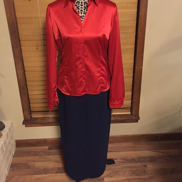 """Michele Skirt Size 8 navy Michelle skirt.  Fully lined.  Back zip closure. Total length 37"""".  Back split 18"""". 100% polyester.  Shirt available  separate listing. Michele Skirts"""