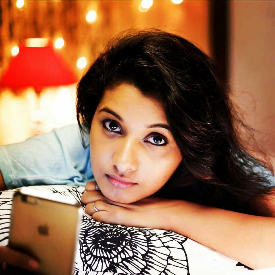 Actress Priya Bhavani Shankar Latest Photo Stills: Pin By Premnath Pk On Telewood In 2019
