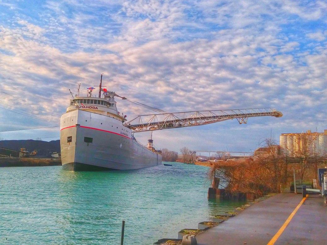 Cuyahoga Unloading In Detroit Michigan