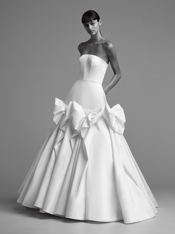 Best wedding dresses for short waisted  Viktor u Rolf  Легко женственно изящно  Pinterest  Wedding