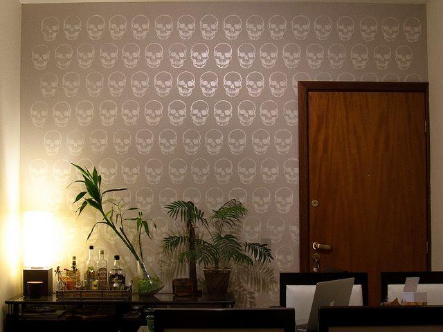 Textura Parede em stencil by olho wodzynski, via Flickr