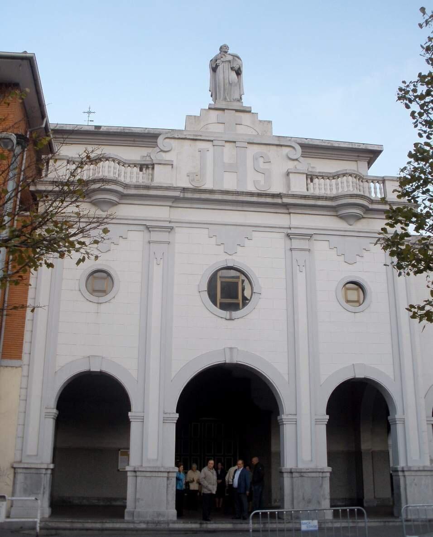 Church of St. Peter the Apostle, Basauri, Spain.  #ToHellAndBack #MariaRosaAuthor #Spain #church #travel