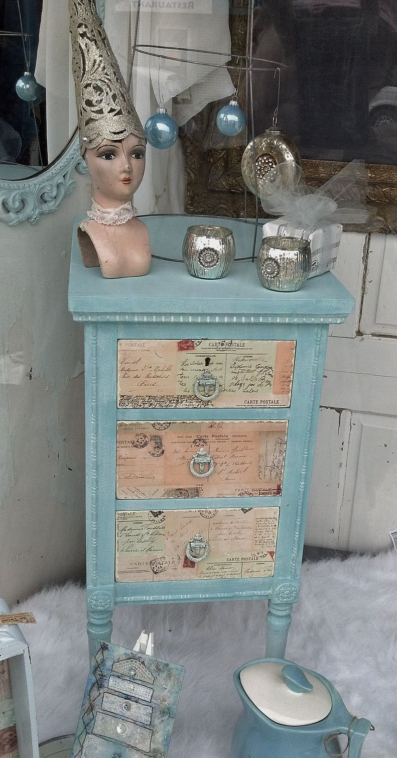 SOLD - restyled piece by Miss Laura for la TaDa! just in time for Christmas (used Van Gogh Chalk Paint & vintage postcards)