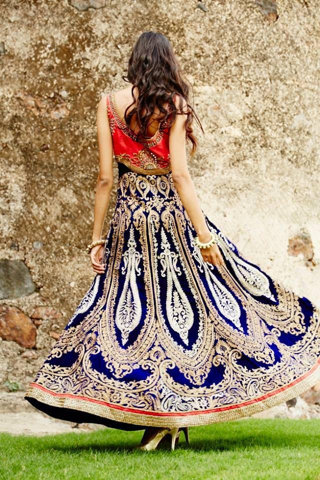 Jaya Misra, Kolkata #weddingnet #wedding #india #indian #indianwedding #weddingdresses #mehendi #ceremony #realwedding #lehenga #lehengacholi #choli #lehengawedding #lehengasaree #saree #bridalsaree #weddingsaree #indianweddingoutfits #outfits #backdrops #groom #wear #groomwear #sherwani #groomsmen #bridesmaids #prewedding #photoshoot #photoset #details #sweet #cute #gorgeous #fabulous