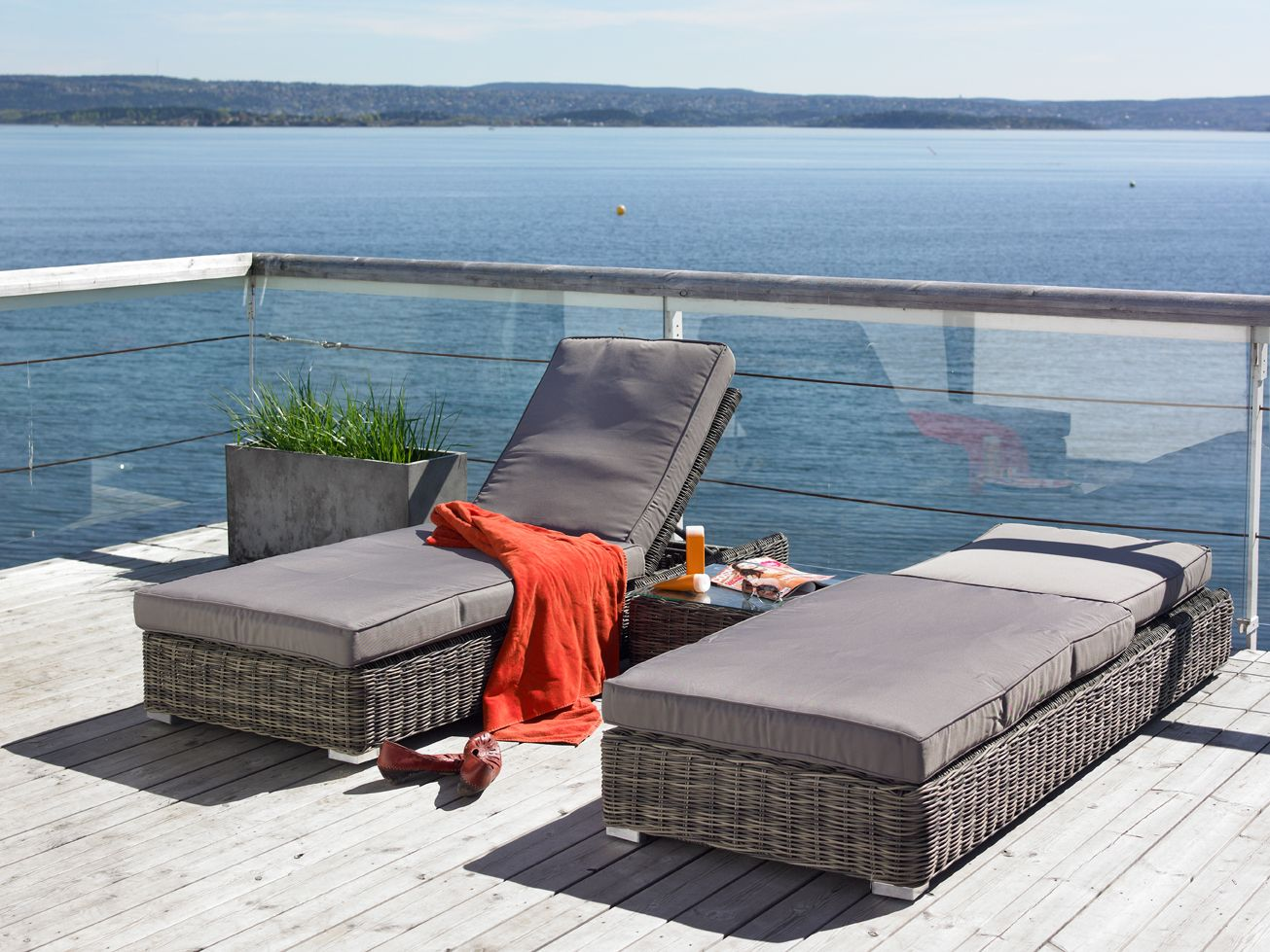 Solsenger I Rotting Fra Fine Design Hagemøbler.