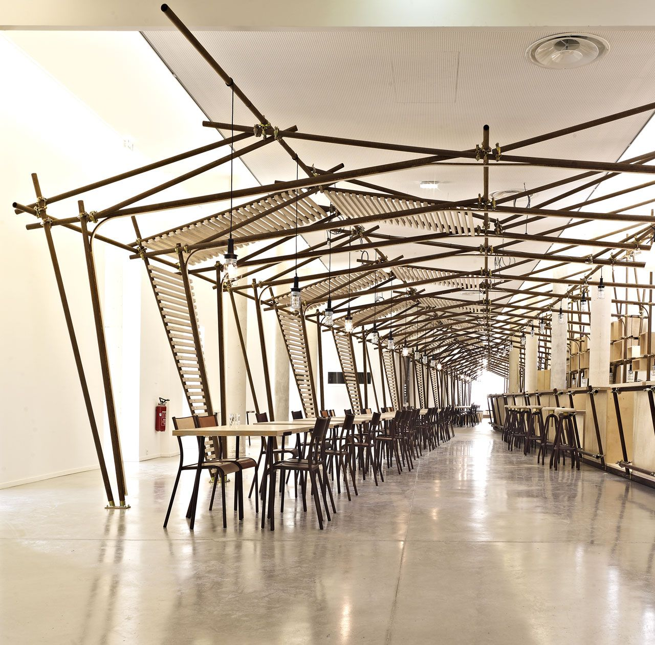 Wood And Steel Structure : With an oxidised metal structure wood and flexible neon