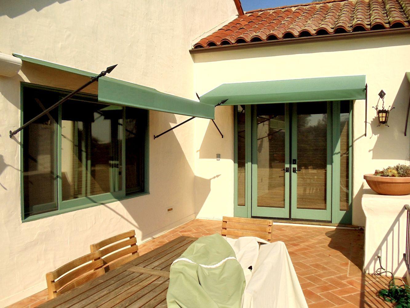 Superior Awning Inc Van Nuys Ca 91402 Homeadvisor Door Awnings Awning Bungalow Exterior