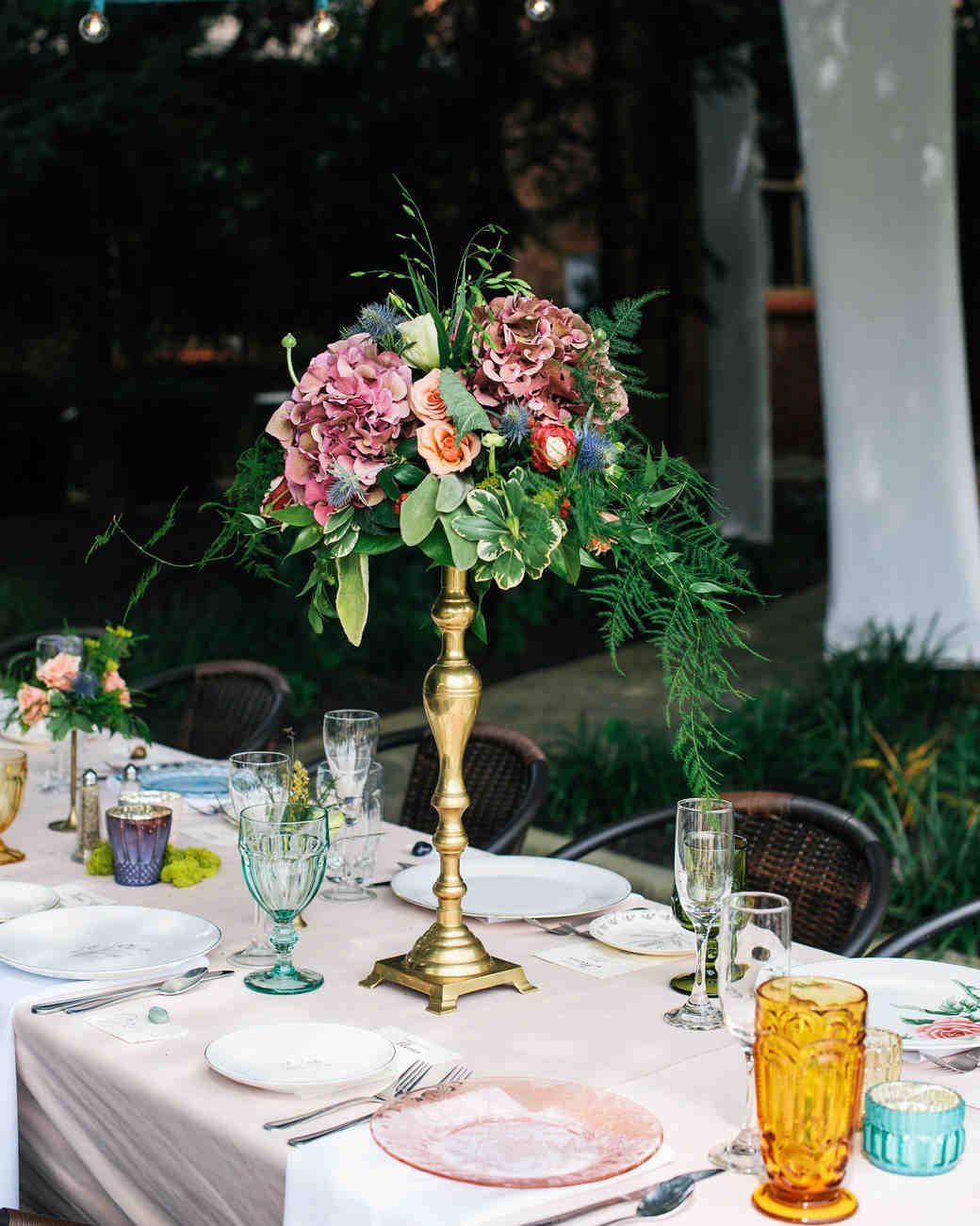 the prettiest place settings from real celebrations floral rh pinterest com