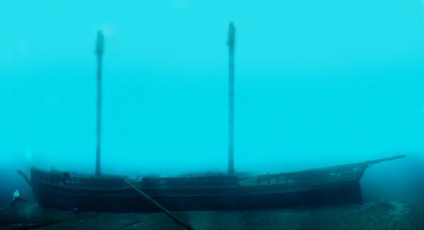 A photomosaic of the schooner Defiance, resting in 185 feet of water outside the sanctuary's northern boundary. (Thunder Bay National Marine Sanctuary NOAA)