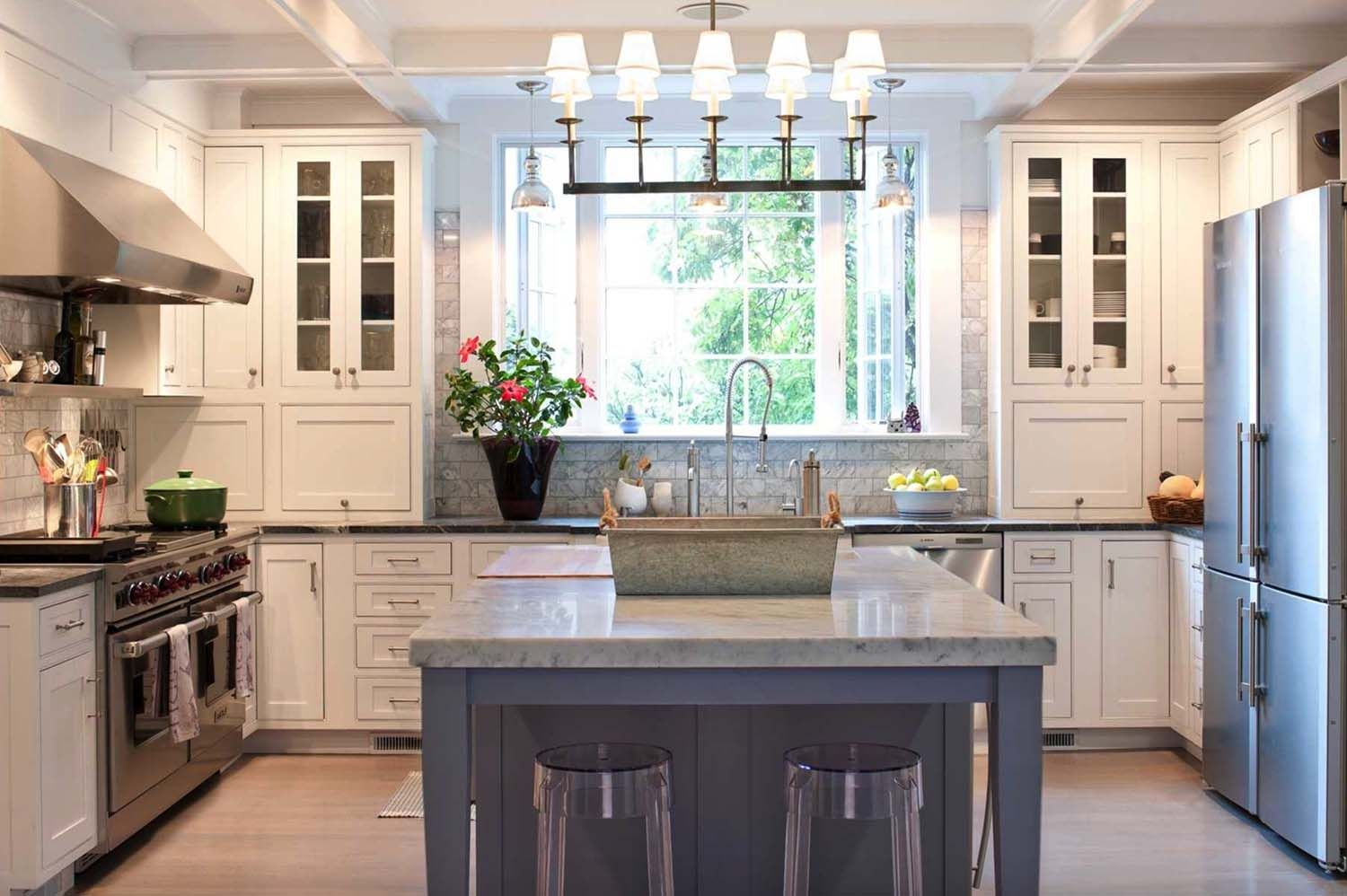 25 Breathtaking Carrara Marble Kitchens For Your Inspiration Kitchen Cabinet Styles Country Kitchen Country Kitchen Backsplash