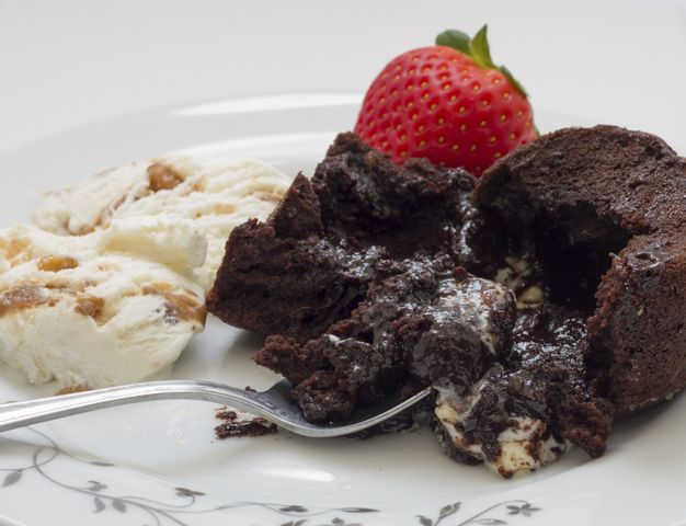 Receta De Coulant De Chocolate Recipe Desserts Chocolate Volcano Recipes