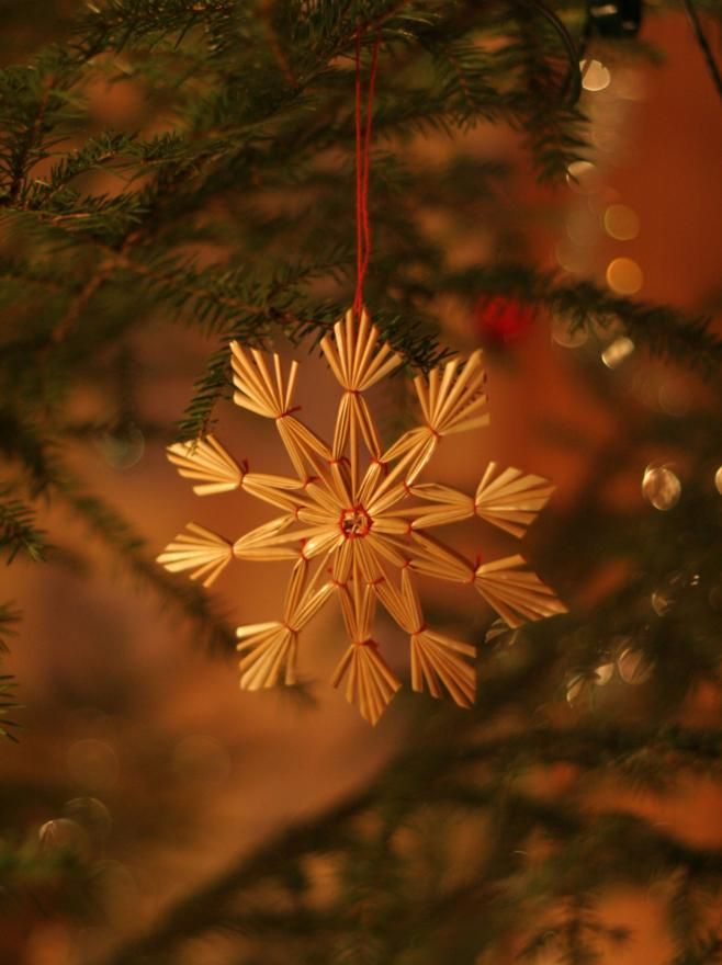 christmas decor - How To Make Scandinavian Christmas Tree Decorations