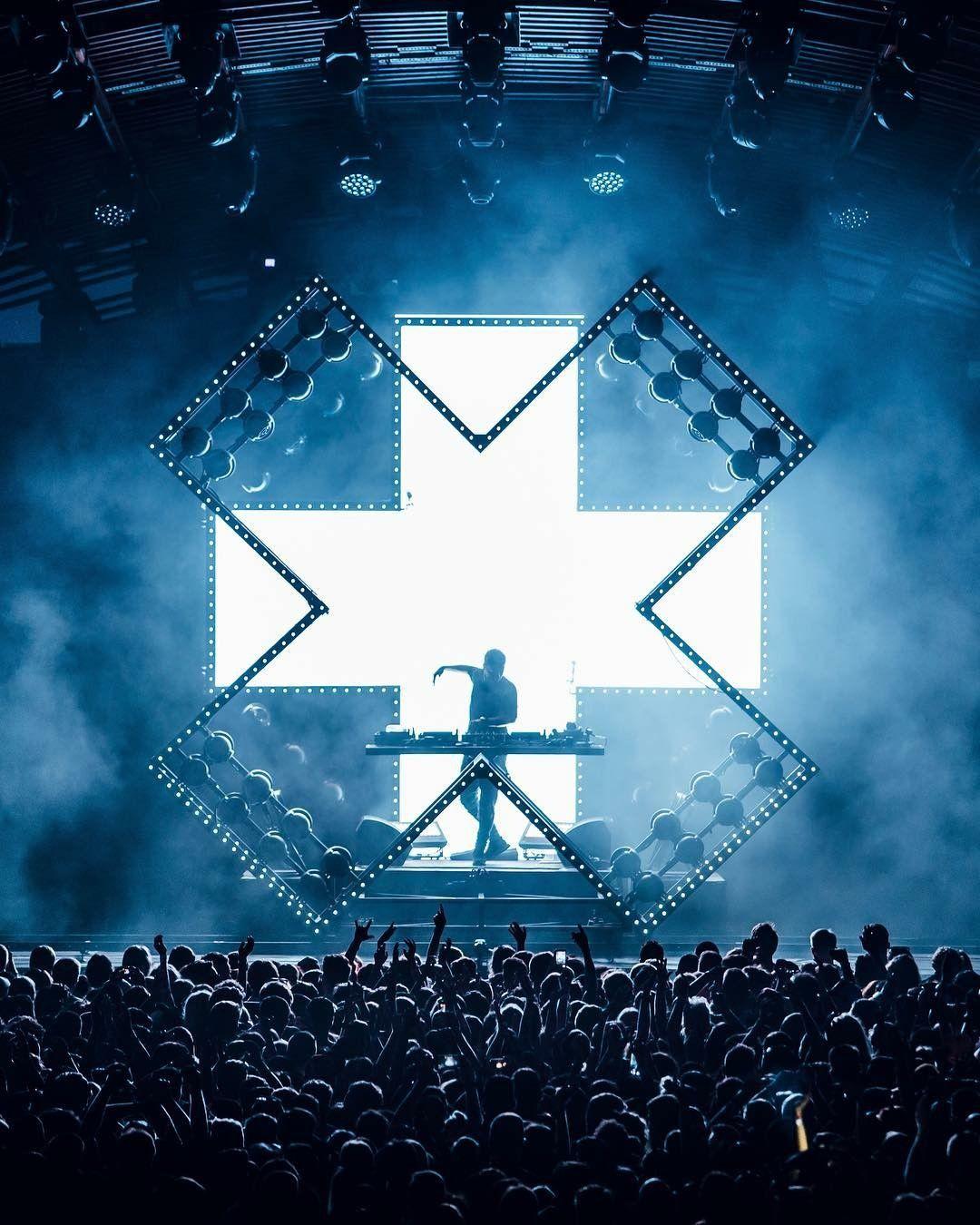 Martin Garrix In 2019 Concert Stage Design
