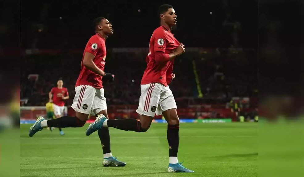 Epl Rashford Double Helps Man United To 4 0 Rout Of Norwich In 2020 Manchester United Premier League Manchester United Premier League