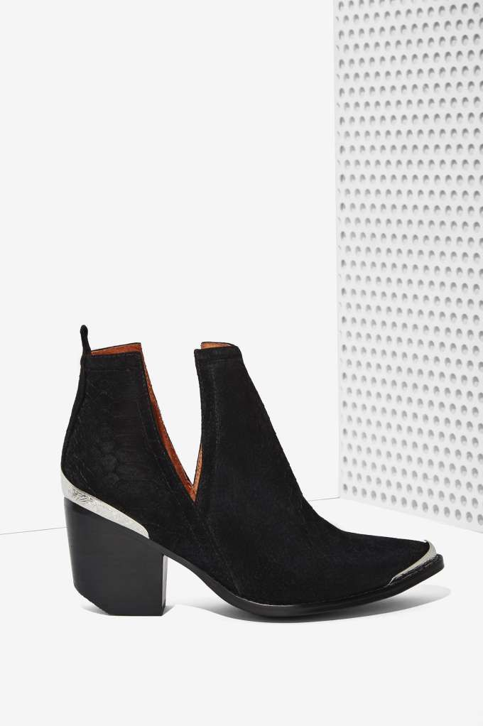 Jeffrey Campbell Cromwell Suede Bootie Shop Booties At Nasty Gal