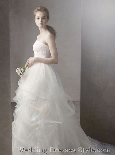 White Collection by Vera Wang Launch Hot Styles Again