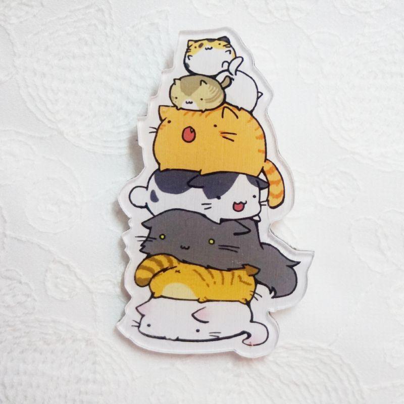 1 PCS Packing Pyramid 7 Cats Acrylic Pin Badge cat Backpack badge Shoes Decorative badges  Free Shipping