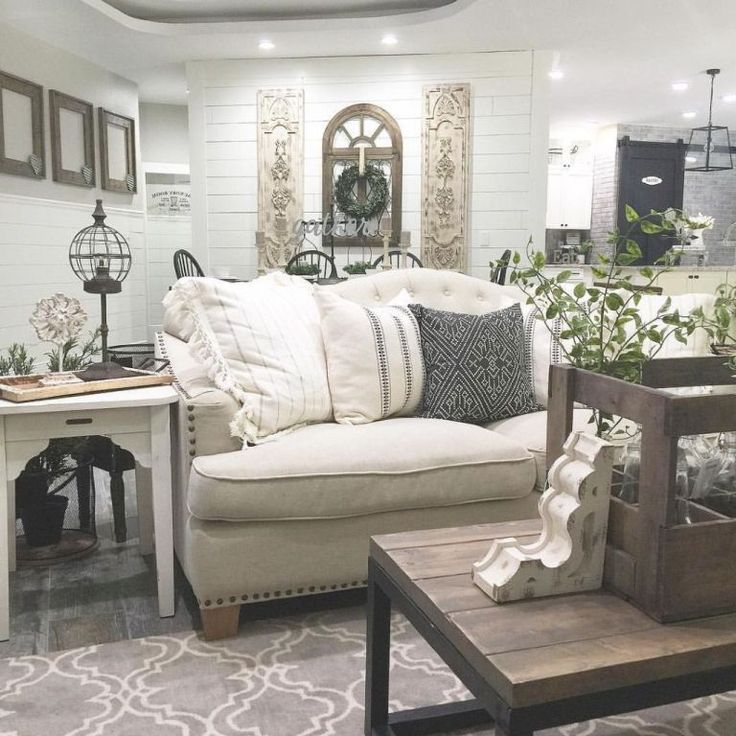 Modern Farmhouse Small Living Rooms: RUG. 20 Awesome Modern Farmhouse Living Room Decor Ideas