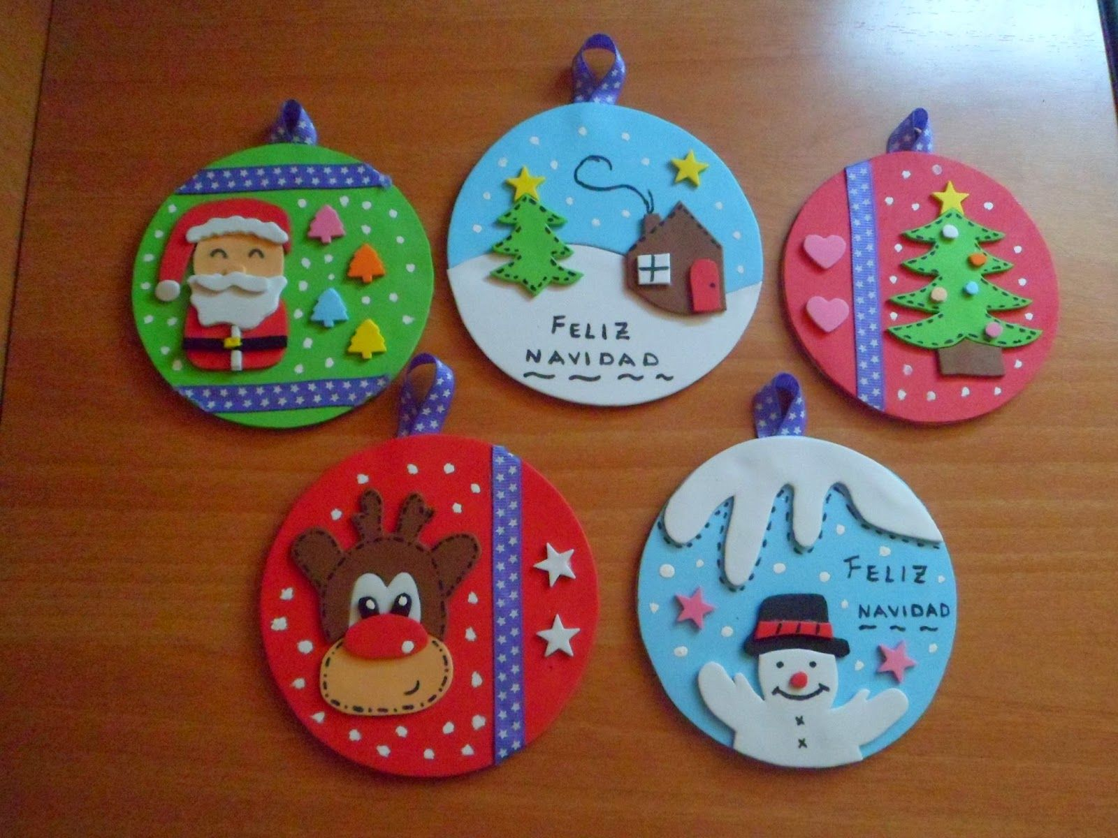 Adornos navidad navidad pinterest adornos navidad - Manualidades de navidad con goma eva ...