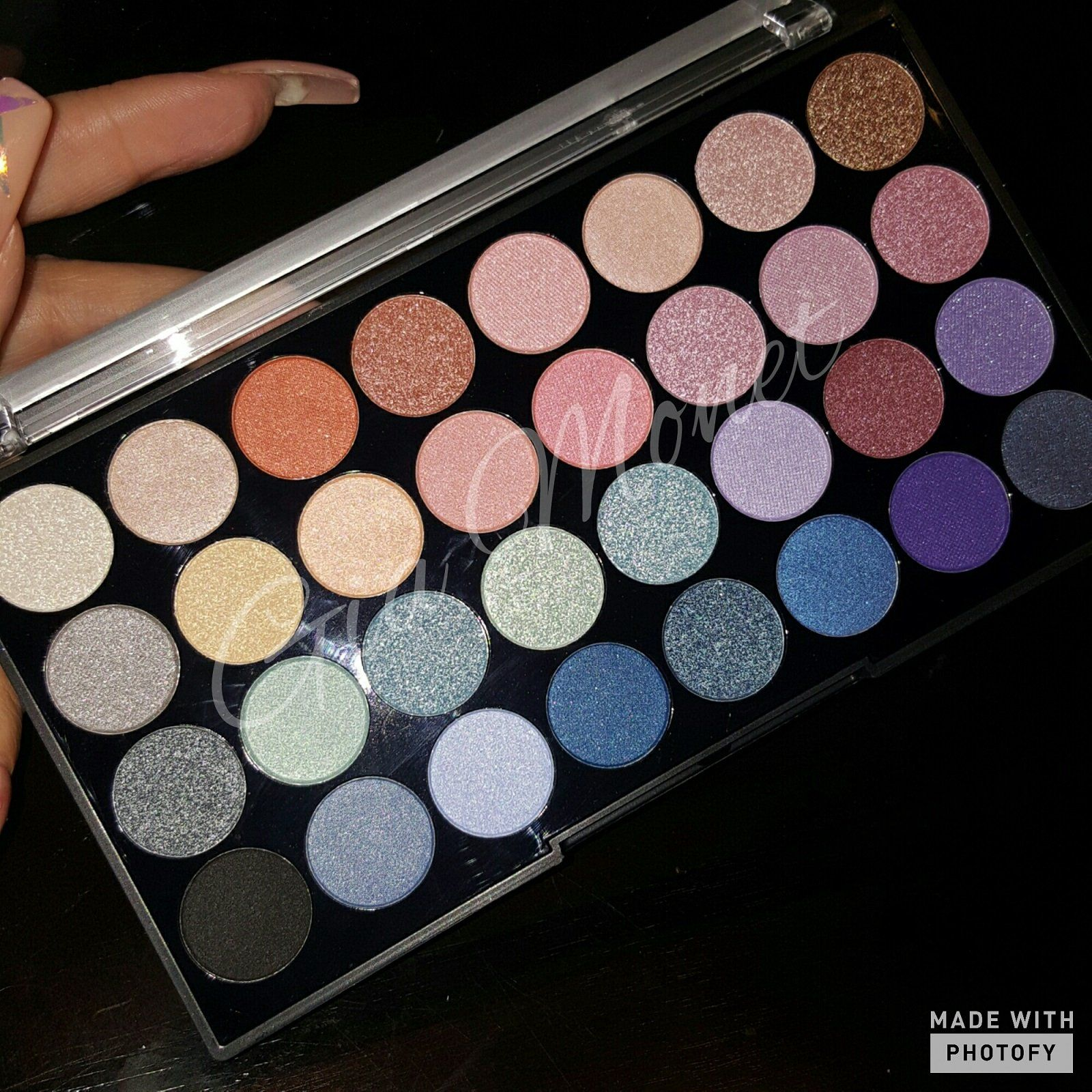 City Color Fearless eyeshadow palette (With images