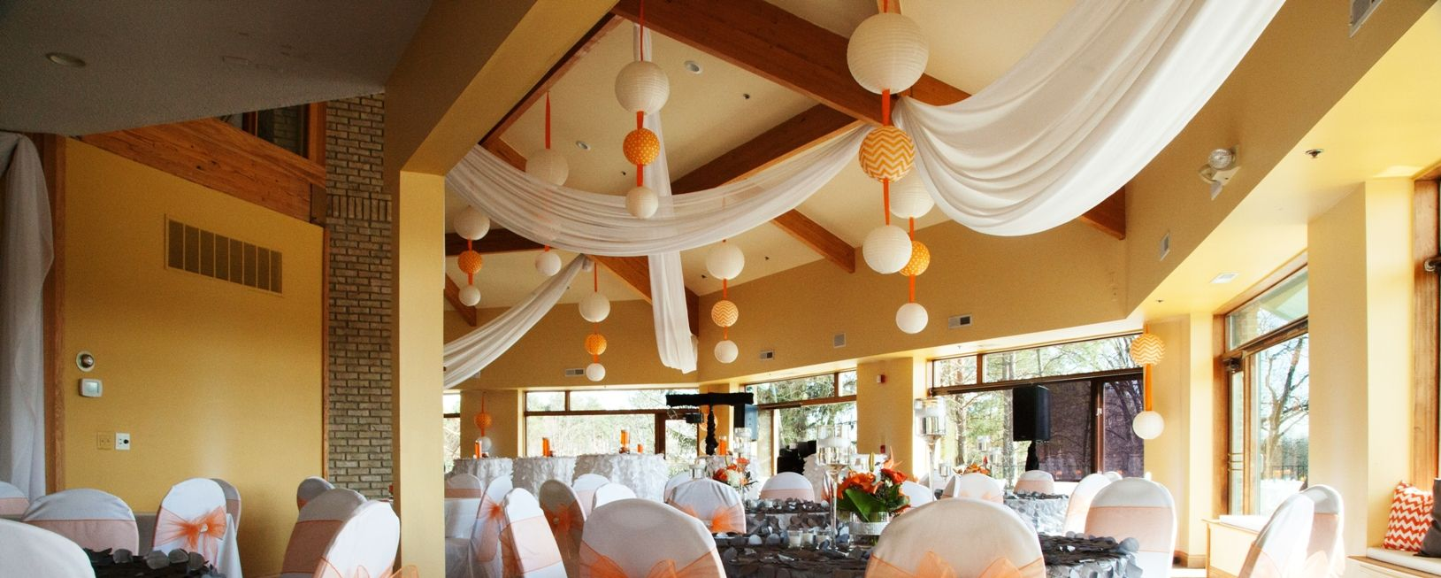 Wedding Venue Whispering Pines Golf Club And Is In Pinckney Michigan This Provides A Atmosphere For Your The