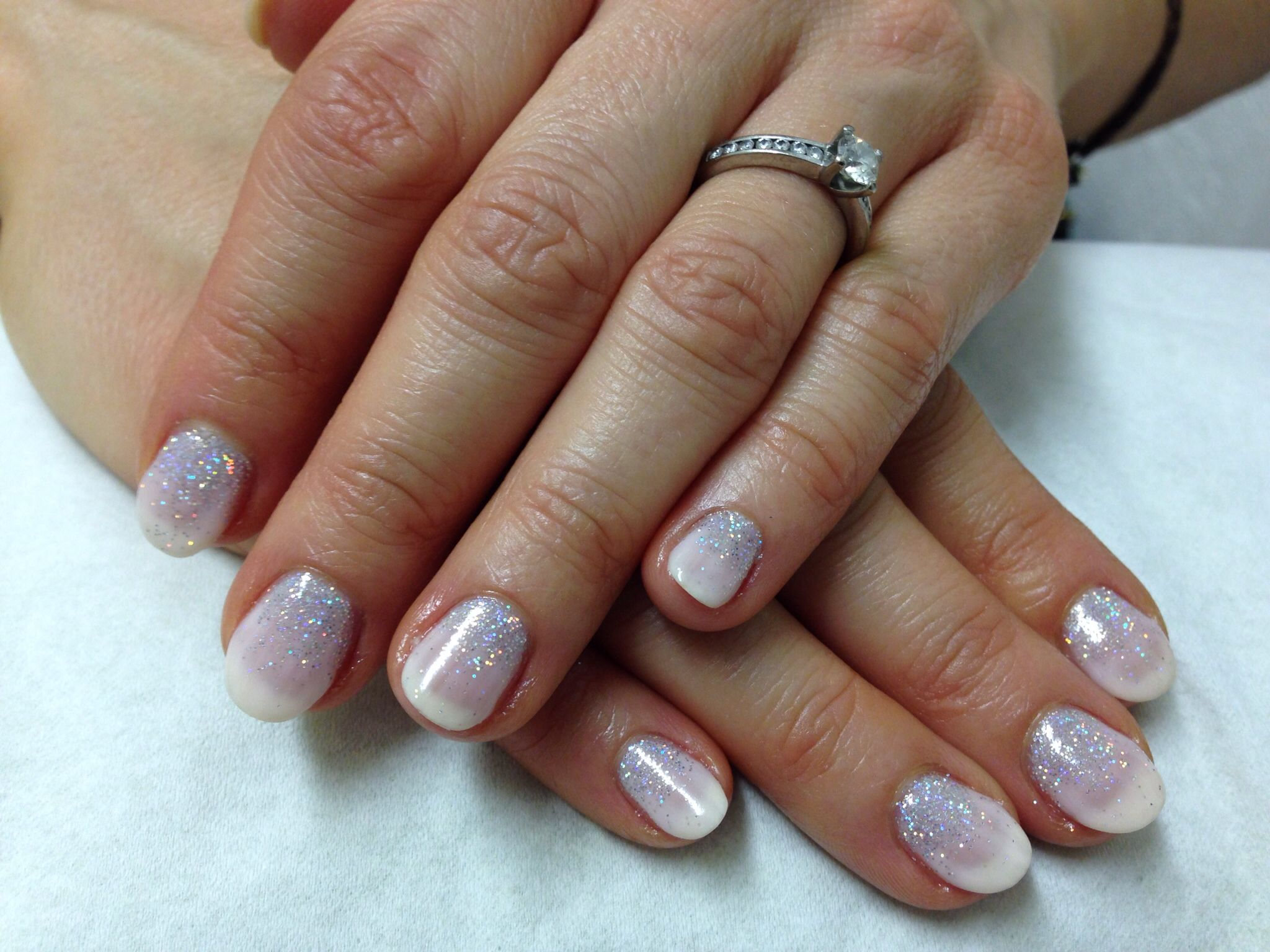 Cnd Shellac Strawberry Smoothie Layered With Romantique