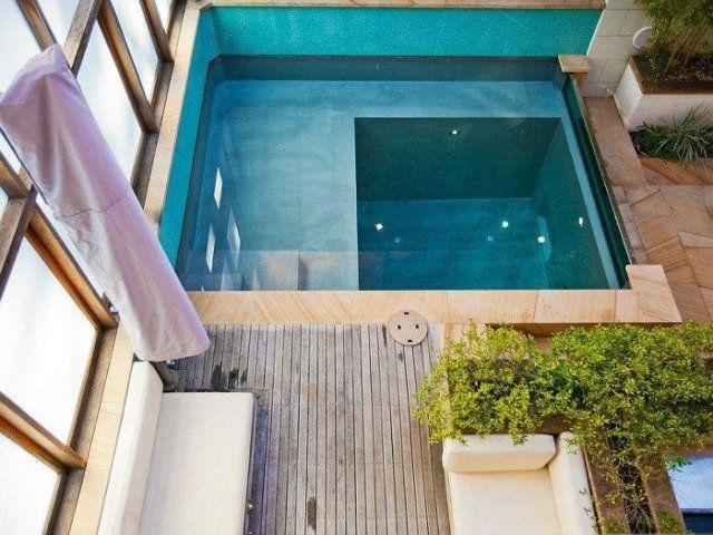 une mini piscine sur sa terrasse piscine bassin swimming pool pinterest mini piscine. Black Bedroom Furniture Sets. Home Design Ideas