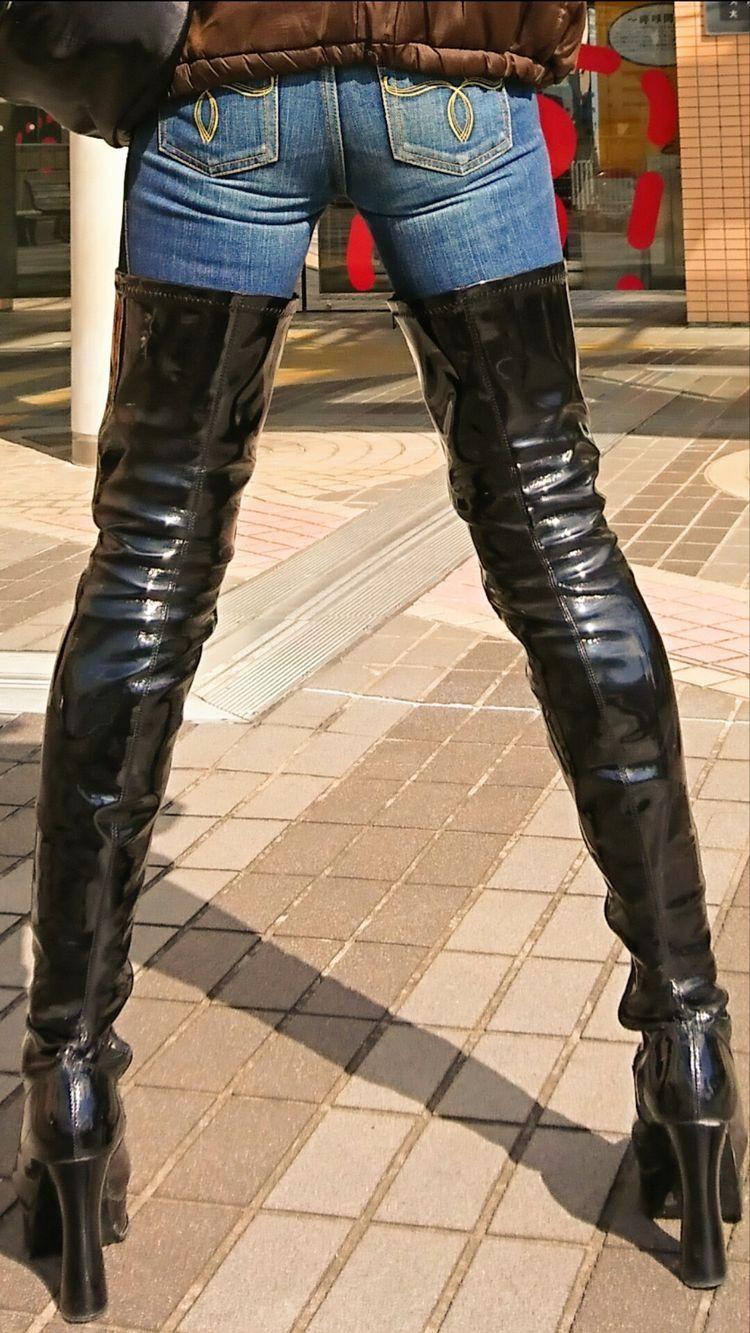брюки и высокие сапоги