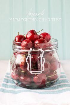 Homemade Maraschino Cherries {DIY Cocktail Cherries}