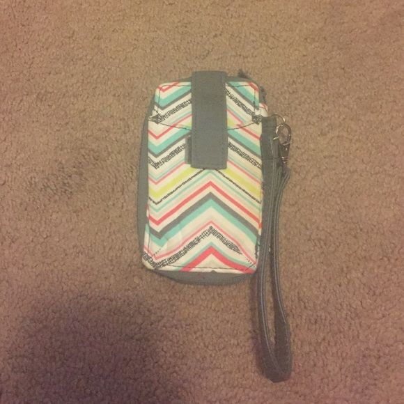 31 accessory 31 Phone wristlet Thirty-one Accessories