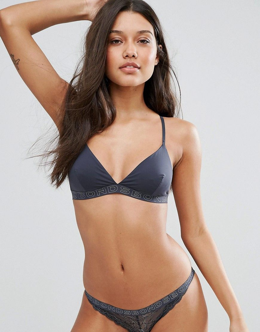 4270b751cc Black Bonds non-wired bra for woman
