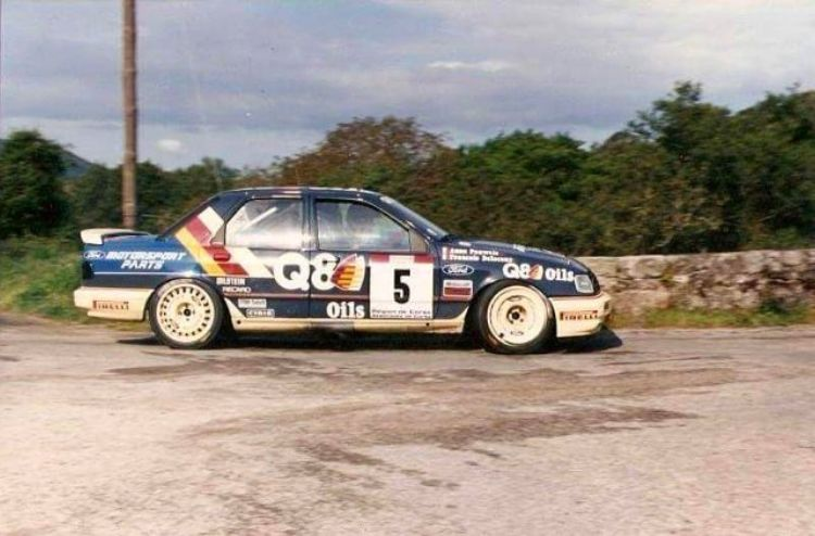 Pin By Pablo Ayuso On Q8 Oils Liveries Ford Rs Ford Sierra