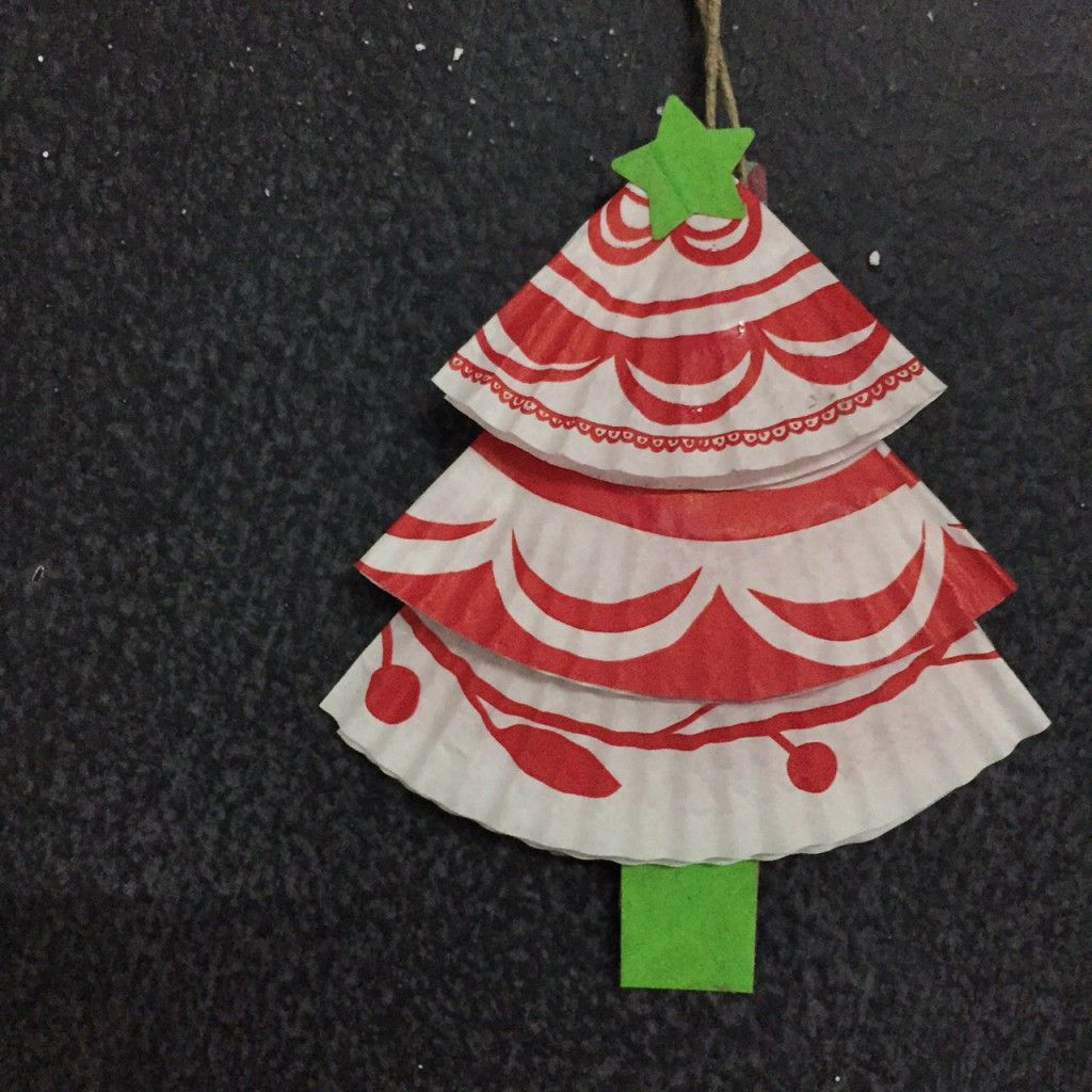 Christmas tree done with muffin paper