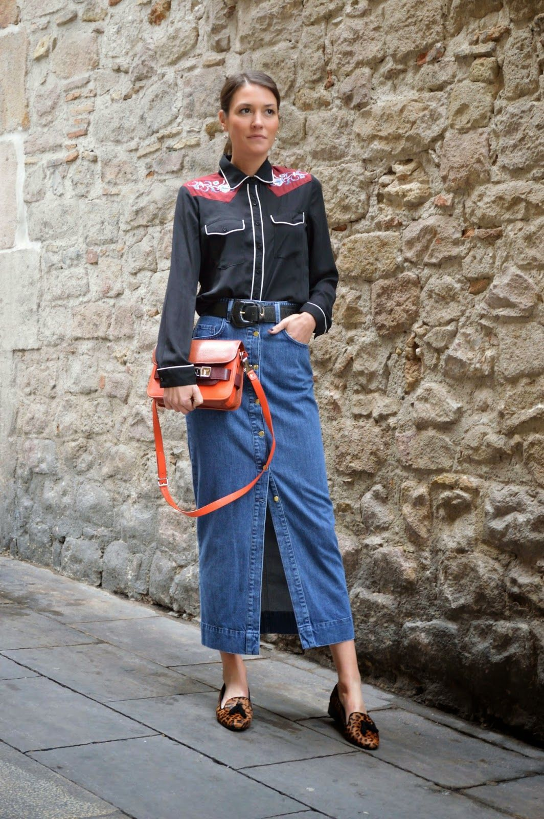 StyleSpectra: Button-up Denim Skirt