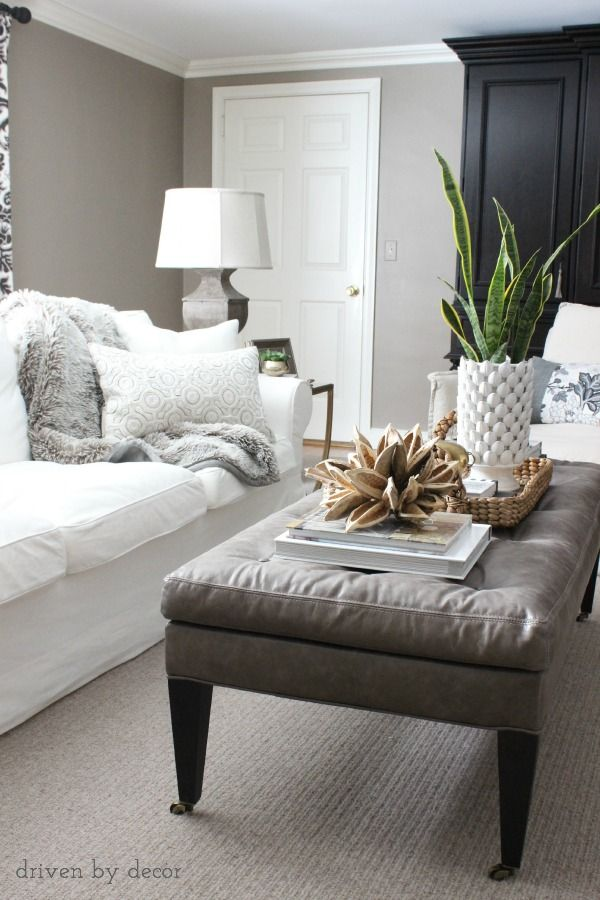 Decorating Your Living Room Must Have Tips Coffee Spaces And Living Rooms