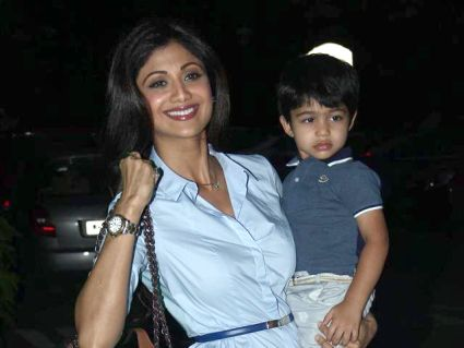 16 Bollywood Celebrities Children To See Who Do They Really Look Like Celebrity Moms Celebrity Kids Bollywood Celebrities