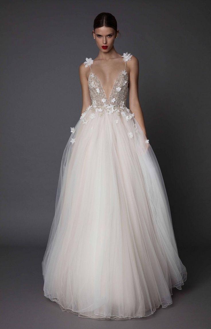 Les robes de mariée en dégradé de couleurs, la nouvelle