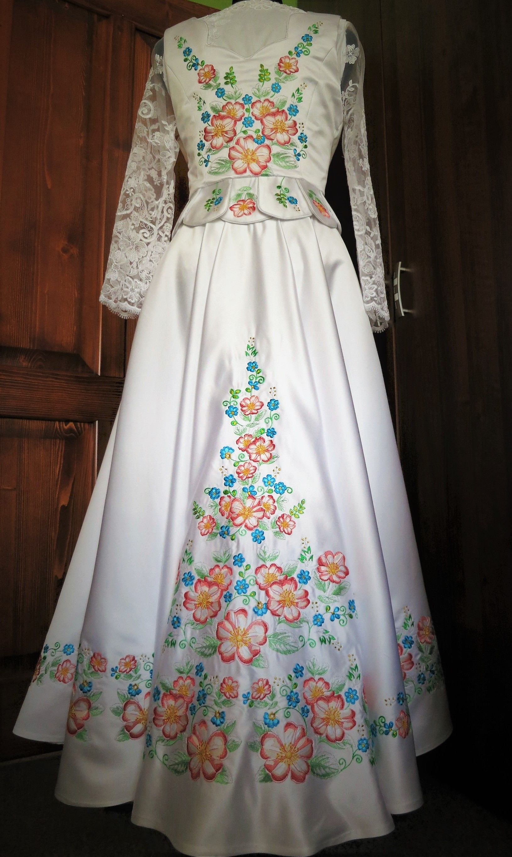 Just Haft Folkowa Stylizowana Na Goralski Suknia Slubna Z Haftem W Kwiaty Folk Wedding Dress With Floral Embro Dresses With Sleeves Long Sleeve Dress Fashion
