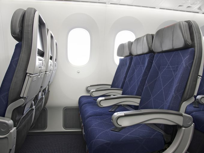 Premium Economy Is It Worth The Upgrade American Airlines Airline Interiors Airlines